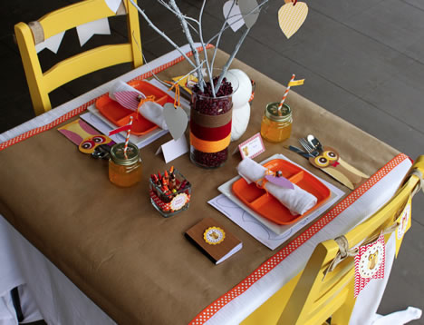 183_thanksgiving-kids-table