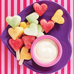 VALENTINES-HEART-FRUIT-KABOBS