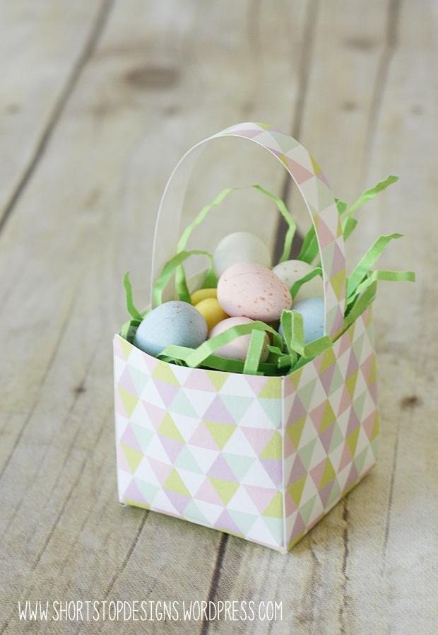Mini Easter Basket Triangle